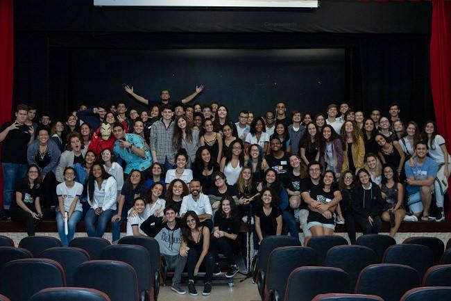 """""""Sarau Universo"""" marca estreia dos novos integrantes da AVLA"""