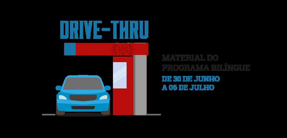 Vieira usa drive-thru para entrega de material bilíngue do segundo semestre